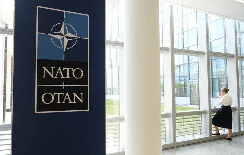 NATO Rusiya nümayəndələrinin sayını azaldır