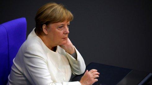 """Merkel: """"Türkiyəni gözardı edə bilməzsiniz."""